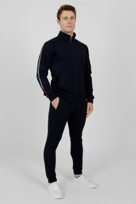 Executive Tracksuit in Navy