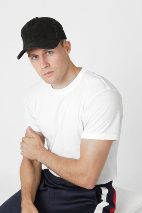 HisColumn Design Black Trucker Cap