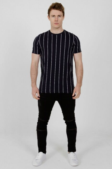 Lined T-Shirt in Navy