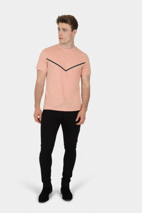 Apricot Stretchy Tee With 'V' Print