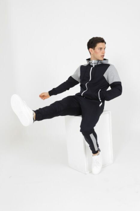 Neptoon Lounging Tracksuit in Navy